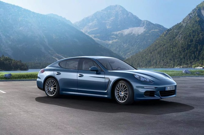 2014 Porsche Panamera Diesel - Fanaticar