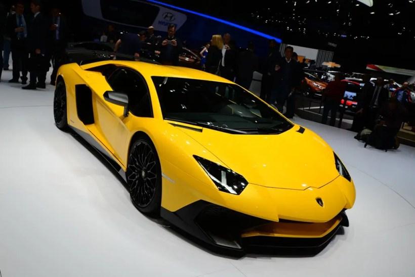 Lamborghini Aventador - Fanaticar Magazin