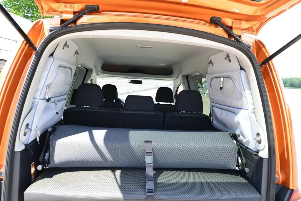 fahrbericht volkswagen caddy beach spa muss sein. Black Bedroom Furniture Sets. Home Design Ideas