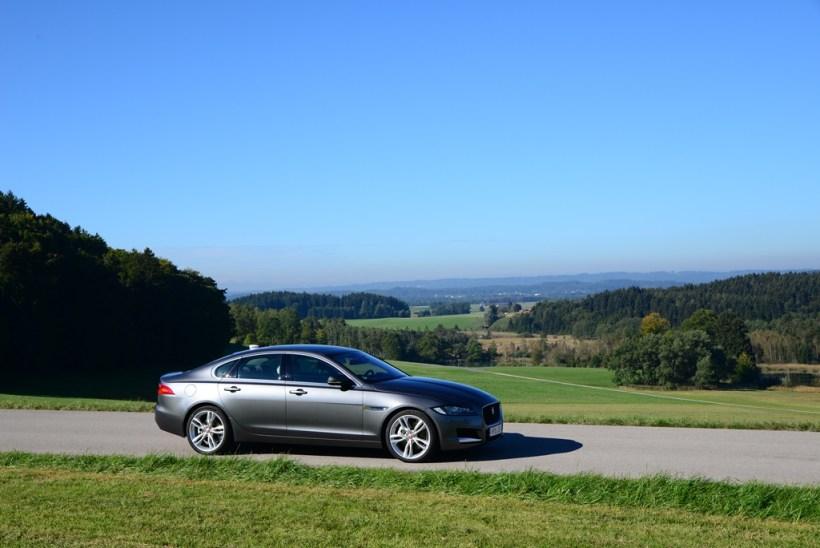 2016 Jaguar XF | Fanaticar Magazin