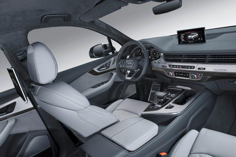 2016 Audi SQ7 TDI | Fanaticar Magazin