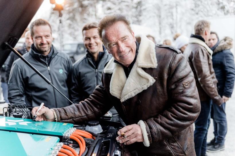 Arnold Schwarzenegger - Kreisel G-Klasse   Fanaticar Magazin