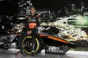 FANATICO SPORTS-CHECO PEREZ presenta nuevo auto FORMULA 1 2015