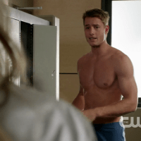 "Justin Hartley as Will Collins shirtless in Emily Owens, M.D. 1x03 ""Emily and... the Outbreak"""