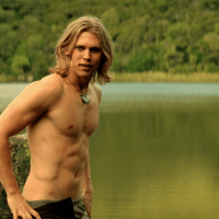 "Austin Butler as Wil Ohmsford shirtless in The Shannara Chronicles 1x02 ""Chosen"""