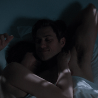 "Aaron Tveit as Gareth Ritter shirtless in BrainDead 1×08 ""The Path to War: Part One"""