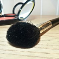 MAC 129 Powder/Blush Brush Review