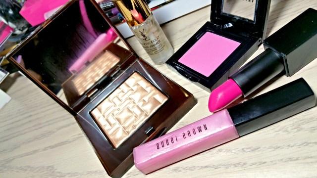 Bobbi Brown Bronze Glow High Light Powder, Bobbi Brown Pink Lilac Brightening Lip Gloss, NARS Michiyo Audacious Lipstick, Yves Saint Laurent Touche Éclat Blur Primer, Bobbi Brown Pale Pink Blush