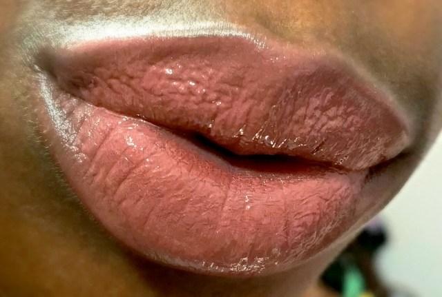 MAC Hyper-Fabulous Vamplify Lip Gloss