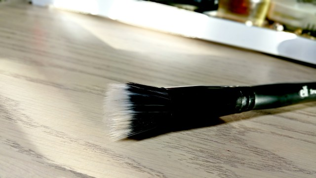 ELF Studio Small Stipple Brush