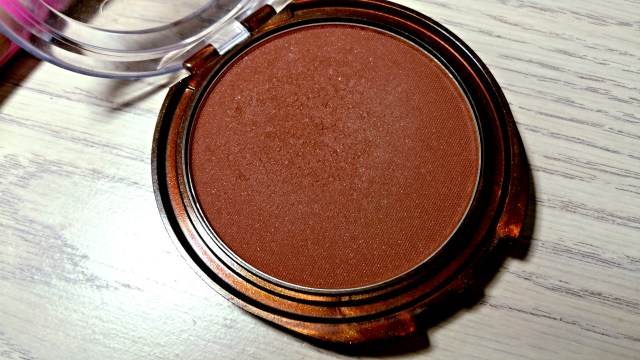 CoverGirl Ebony Queen Natural Hue Bronzer