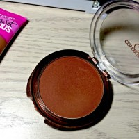 CoverGirl Ebony Queen Natural Hue Bronzer Review
