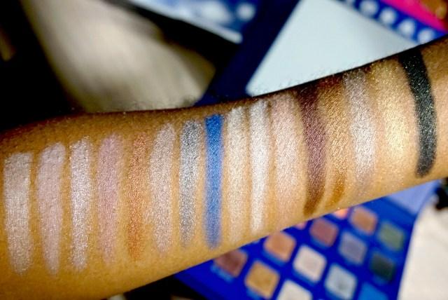 Lorac Mega Pro Palette 2: Sugar, Chiffon, Prosecco, Soft Plum, Cinnamon, Sandstone, Gunmetal, Blue Quartz, Moonlight, Seashell, Peony, Dark Sienna, Penny, Olivine, Gold Leaf, Black Ivy