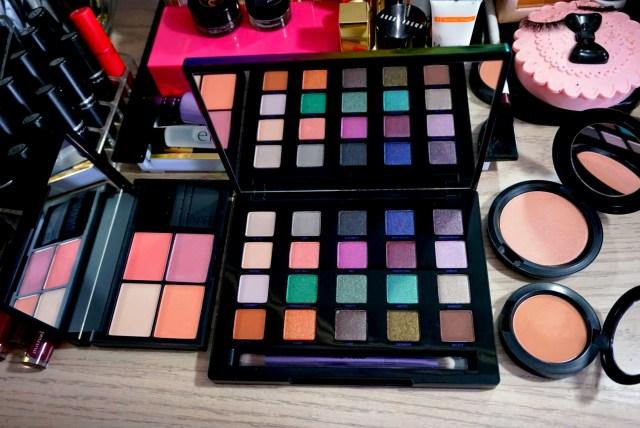 NARS Fantascene Despair Cheek Palette, Urban Decay Vice4 Palette, MAC Pearl Sunshine Beauty Powder, MAC Cheek Pollen Blush