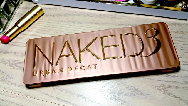 Urban Decay Naked 3 Eyeshadow Palette