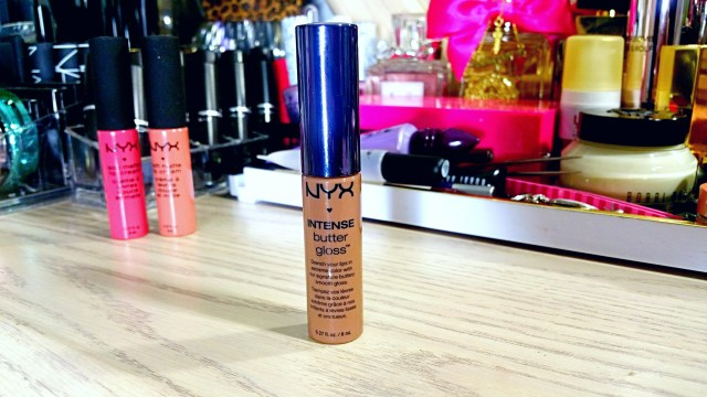 NYX Cinnamon Roll Intense Butter Gloss