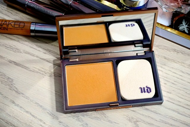 Urban Decay Naked Skin Ultra Defintion Powder Foundation in Dark Warm