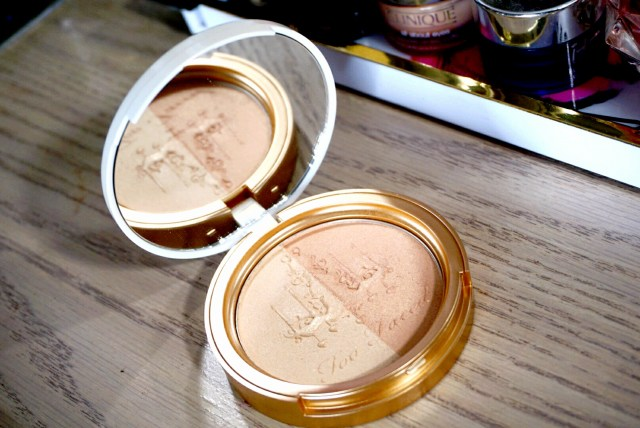 Too Faced Warm Glow Candlelight Glow Highlighting Powder Duo