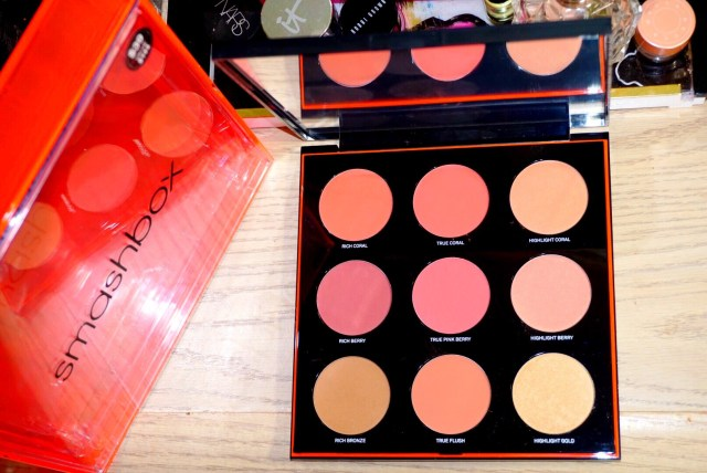 Smashbox Light It Up L.A. Lights Palette: Contour. Blush. Highlight. Swatches on Dark Skin