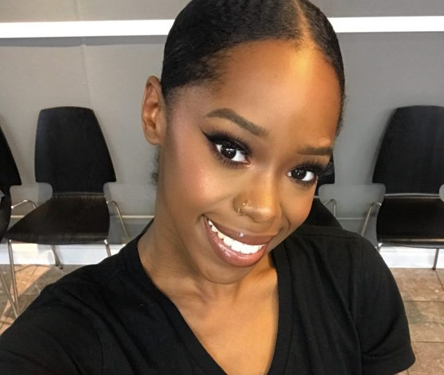 Makeup Tutorial with Makeup Artist at Detroit Salon VBT Beaute Emporium Fancieland dark skin brown skin WOC