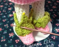 crochet leaf topped baby boots