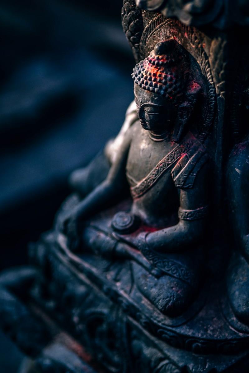 Peaceful-Buddha-Statue
