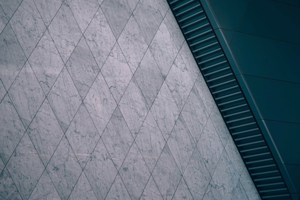 Metalic-Marble-Wall