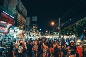 night-market-crowd