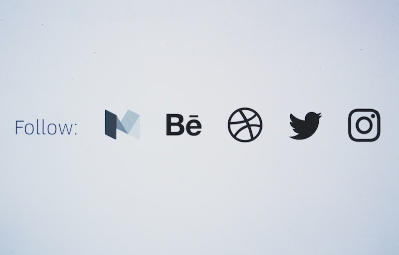 Follow-Social-Media-Icons