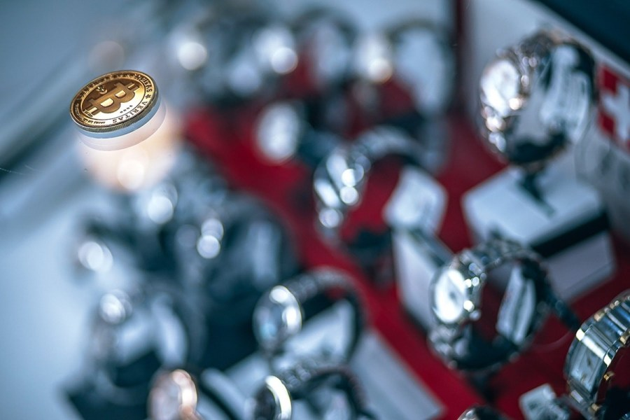 Accepting-Bitcoin-for-Luxury-Watches-min