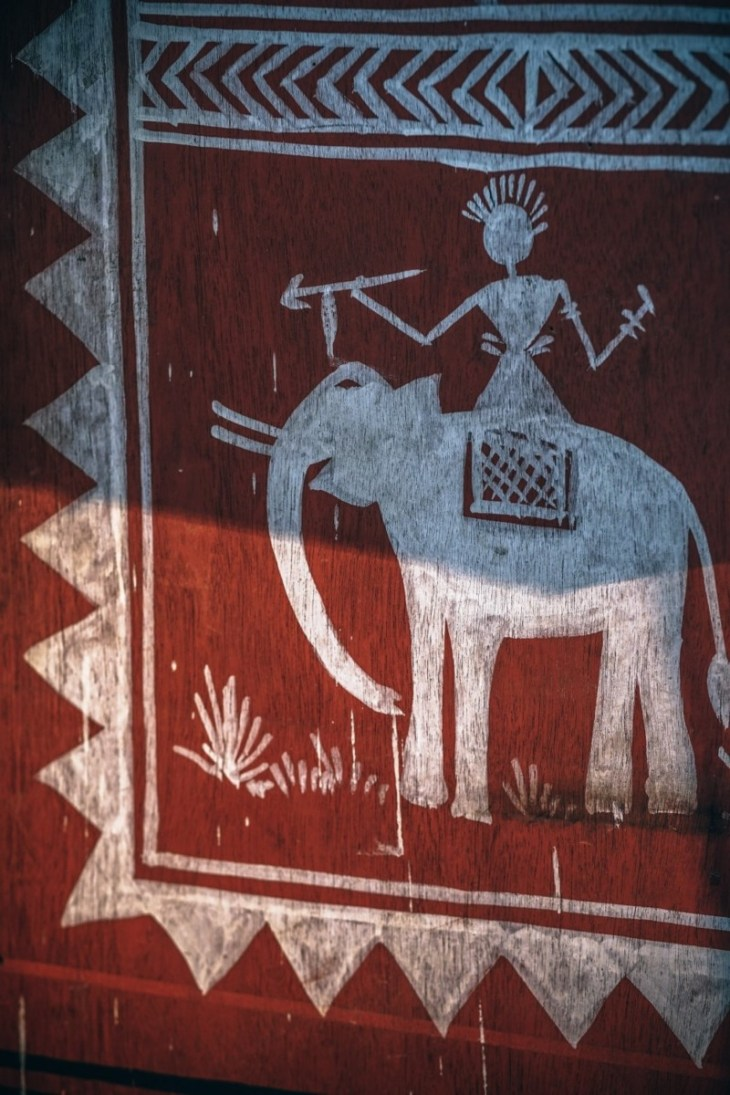 Red-Tribal-Elephant-Painting-on-Wood