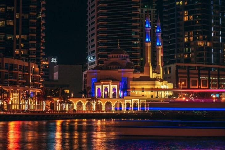 Beautiful-Night-Photography-of-the-Dubai-Marina