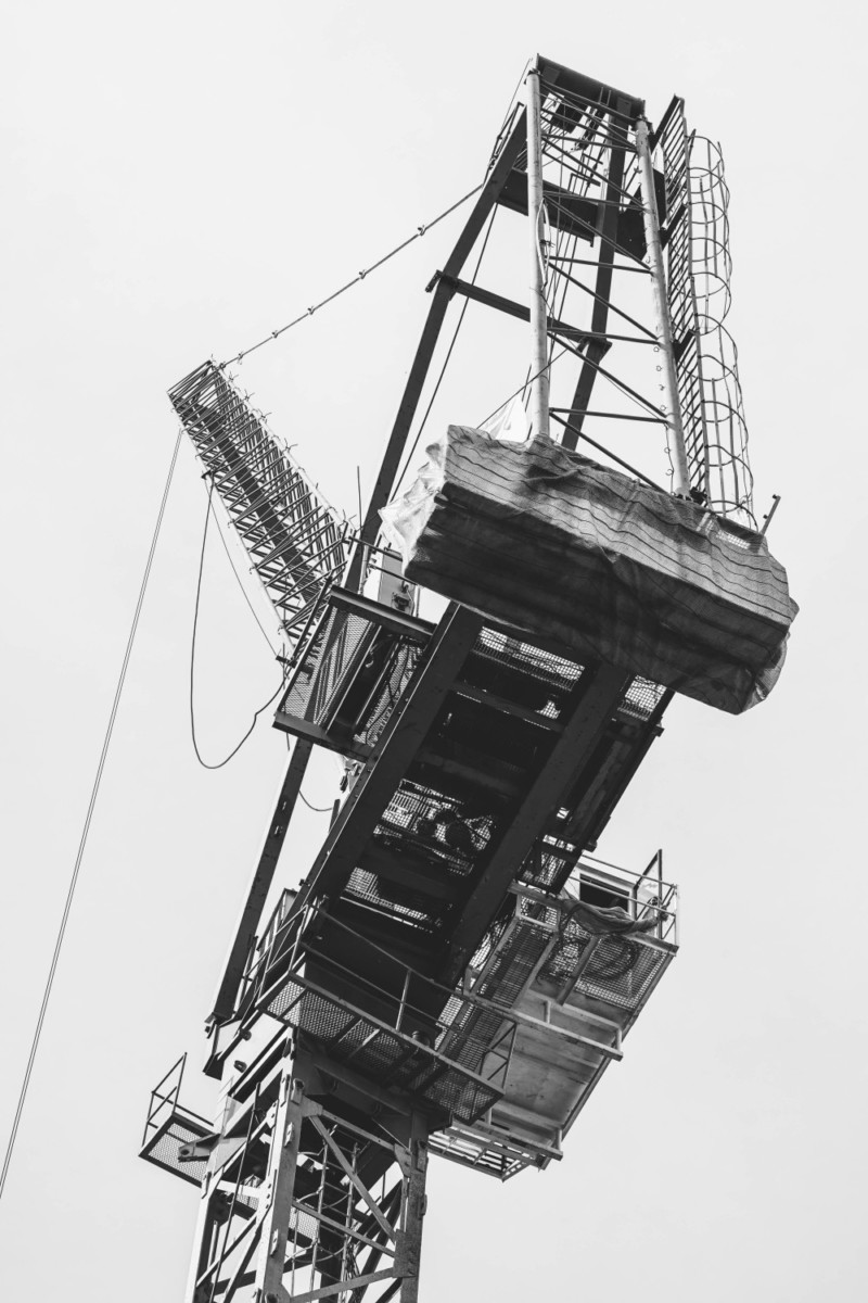 Black-and-White-Photography-of-a-Construction-Crane