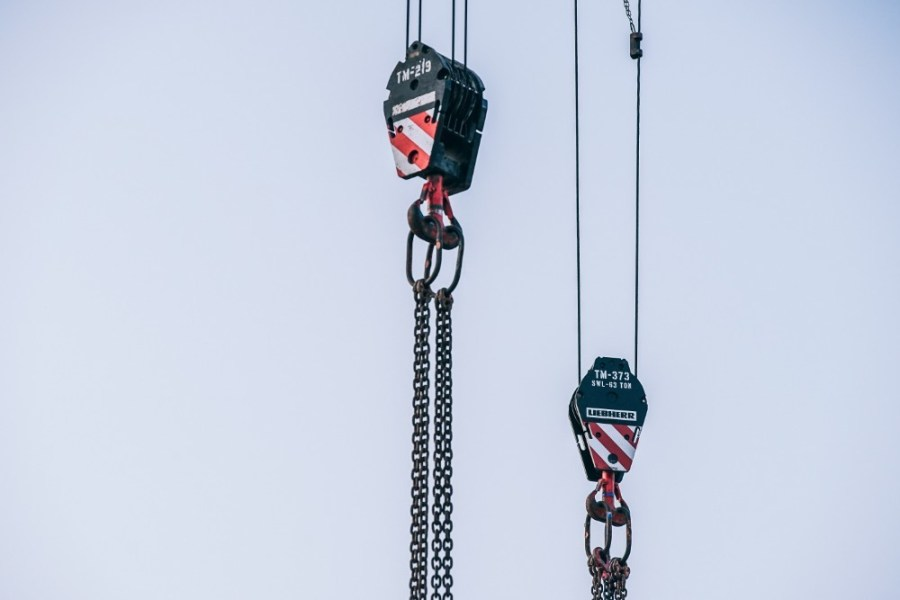 Minimalistic-Shot-of-Steel-Cranes