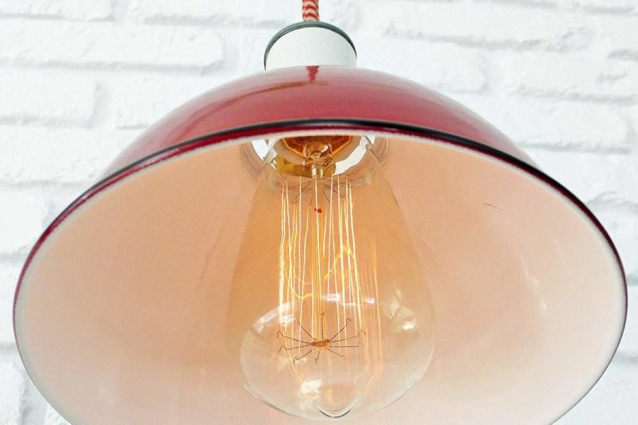 THE-SULLIVAN-LAMP