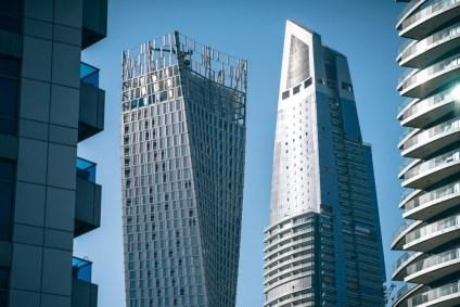 Tall-Buildings-in-Dubai-with-Futuristic-Design