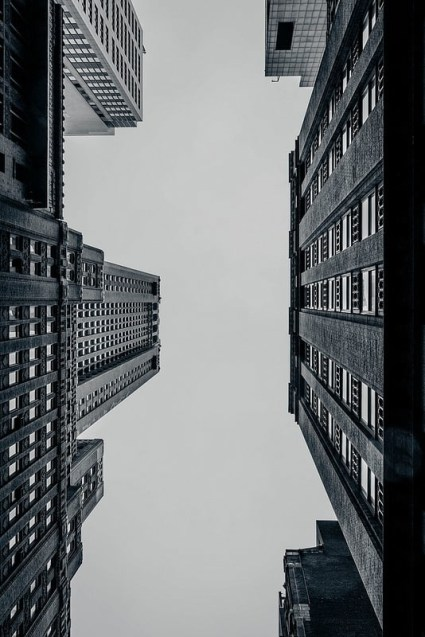 Upwards-View-of-the-New-York-City-Architecture