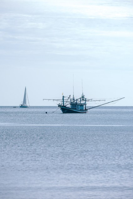 Big-Thai-Fishing-Boat