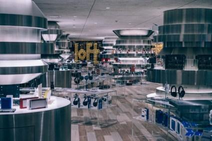 Electronics-Store-inside-a-Shopping-Mall-in-Bangkok