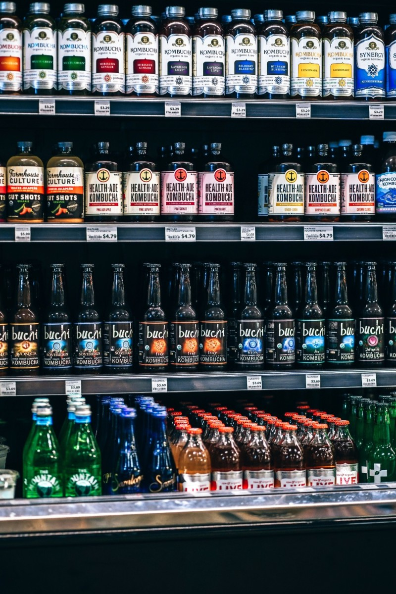 Organic-Drinks-in-a-Grocery-Store