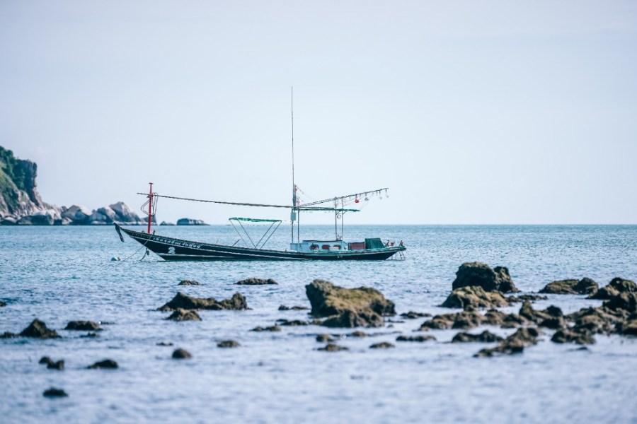 Small-Thai-Fishing-Longtail-boat-at-Thong-Nai-Pan-Yai-Beach
