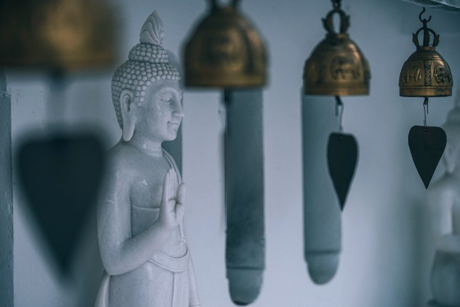 White-Marble-Buddhist-Statue