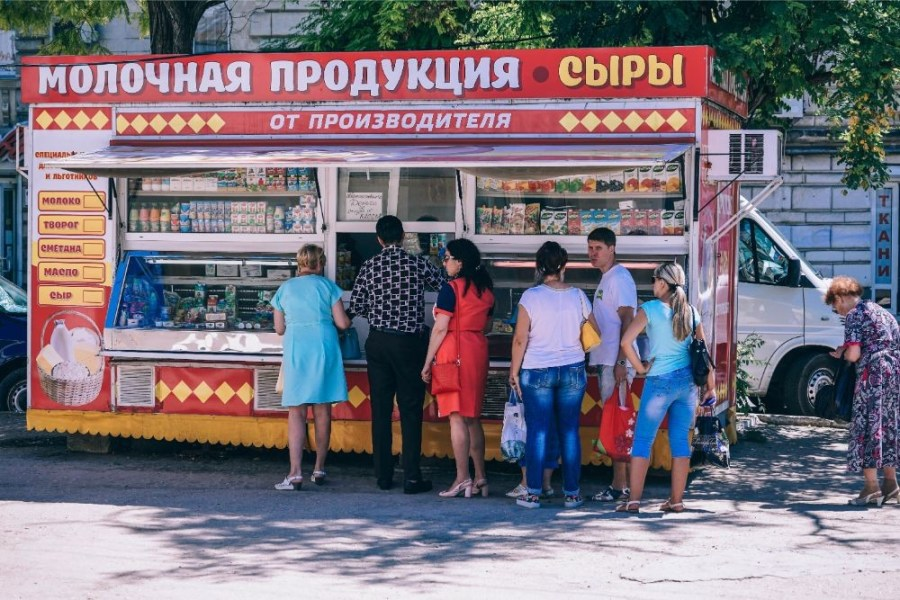 People-Waiting-in-Line-at-a-Street-Food-Stand