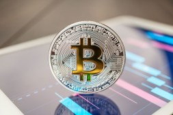 bitcoin-cryptocurrency-on-the-tablet-RU9WTVJ