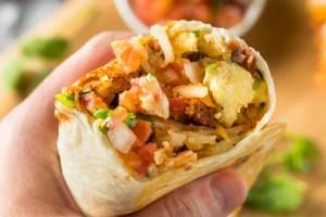 homemade chorizo breakfast burritos blext