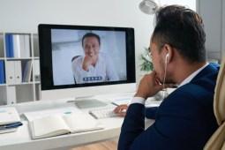 Pros and Cons of Online Language Tutoring Platforms