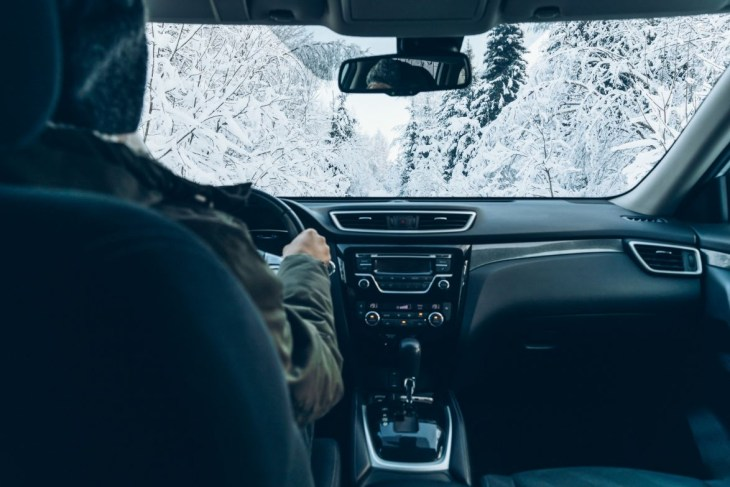 Tips For Taking a Road Trip During Winter