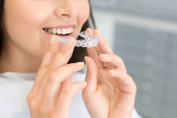 Benefits of Wearing Invisible Aligners Tips For Choosing Yours