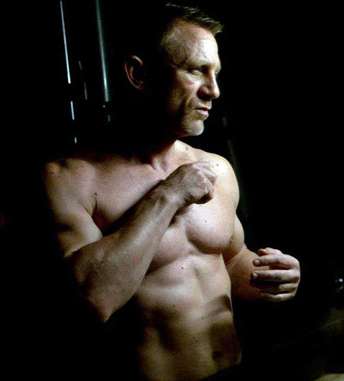 daniel_craig_shirtless