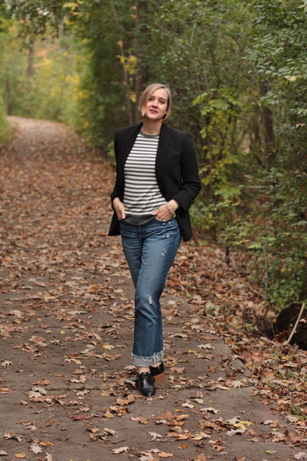 how to wear a blazer over a sweater, 40 + style blogger, 40 + fashion blogger